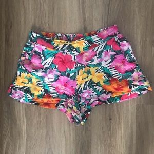 3/$16🥨or FREE with $22+ purchase. H&M shorts